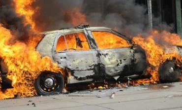 Се запали возило во движење на патот Куманово - Крива Паланка