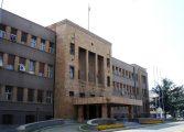ХАОС ВО СОБРАНИЕТО: Граѓаните влегоа во салата каде беа заробени пратениците