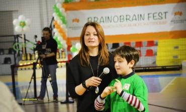 """Центарот """"Браин Гинис"""" од Куманово со 16 трофеи и 35 медали од државниот Бреинобреин натпревар (галерија)"""