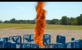 Како изгледа огнено торнадо на успорена снимка? (видео)