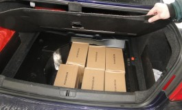 Цариниците на Табановце открија бункер во автомобил и лед рефлектори (фото)