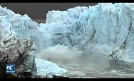 Се преполови најубавиот глечер на светот (видео)