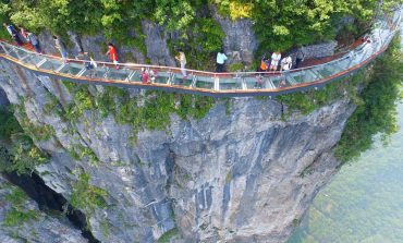 """""""Стаклен мост"""" на височина од 1.400 метри (фото)"""
