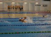 Пливањето ја зголемува густината на коските и мускулите