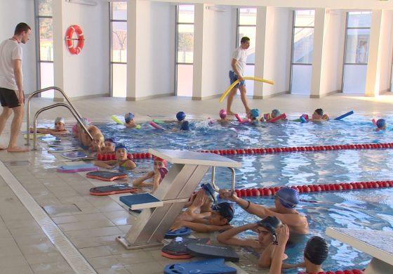"""Пливачкиот клуб """"Делфин"""" врши упис на нови членови"""