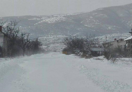 Непрооден патот до селото Герман, се чека тешка механизација