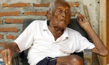Прославил 146 роденден, единствена желба му е да умре (видео)