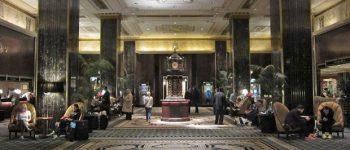Се затвора најпознатиот хотел во светот кој крие тајни за многу познати лица (фото+видео)