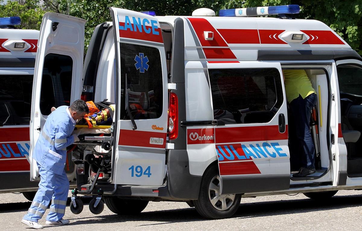 53-годишна жена од Тетово со крушум во раката од свадба заврши во болница