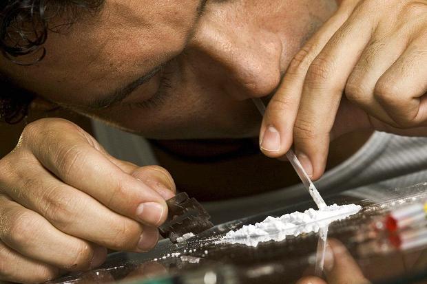 Што се случува во мозокот кај луѓето кои користат кокаин? (видео)