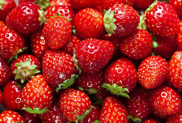 Продолжете им го рокот на траење на јагодите