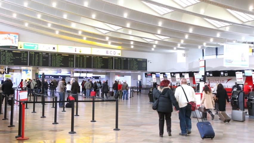 Австрија ги зајакнува безбедносните мерки на аеродромите