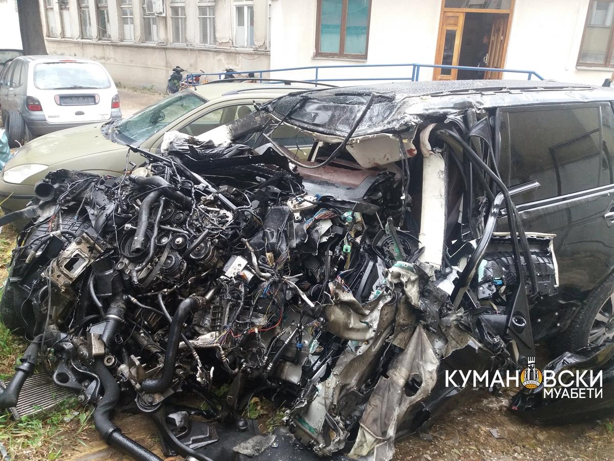 Две лица тешко повредени во сообраќајката кај Куманово (фото)