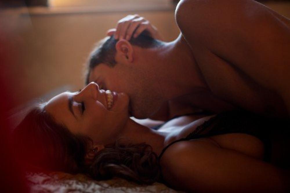 Поза во сексот која на жената и носи загарантиран оргазам