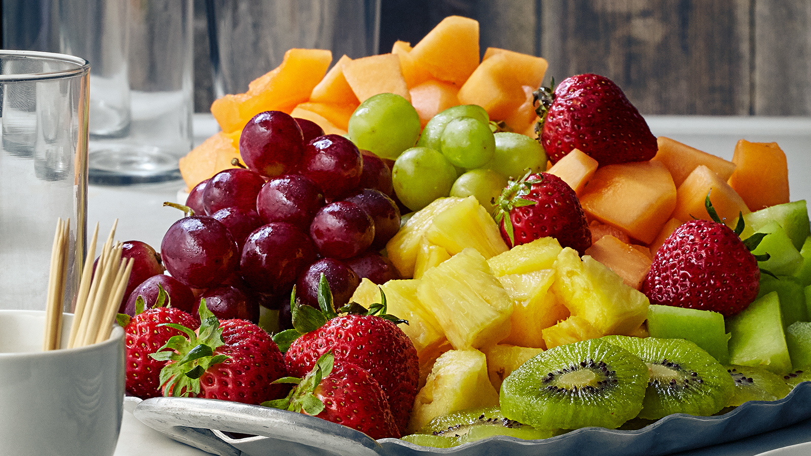 5 причини зошто треба да јадете овошје за појадок