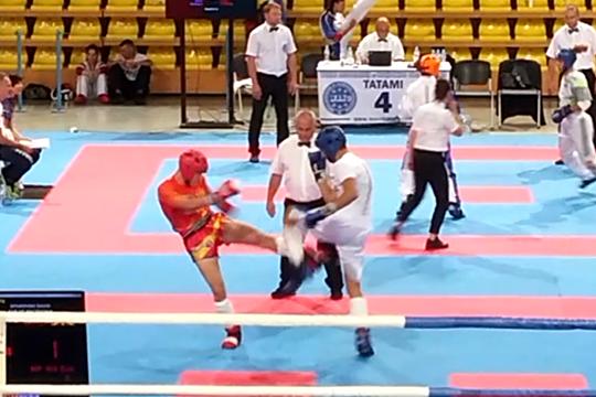 Десет медали за македонските кик-боксери, кумановецот Спасовски стигна до осминафинале (видео)