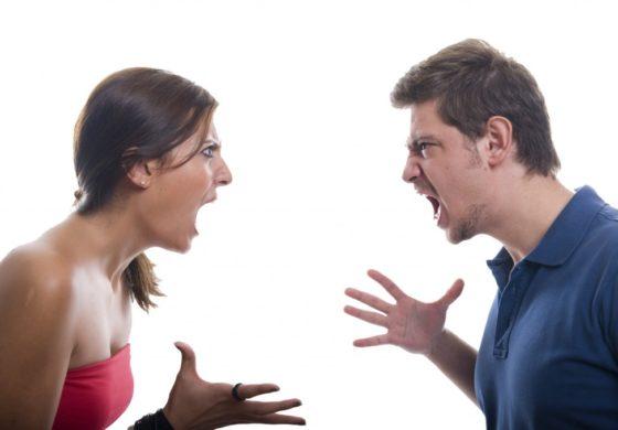 Три знаци кои покажуваат дека сте патолошки љубоморна