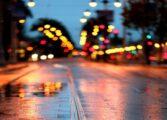 ВОЗЕТЕ ВНИМАТЕЛНО: Сообраќајот се одвива по влажни коловози