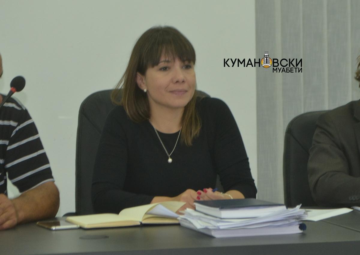 Царовска: Обврзани сме да им помогнеме на најпогодените од сиромаштијата (видео)