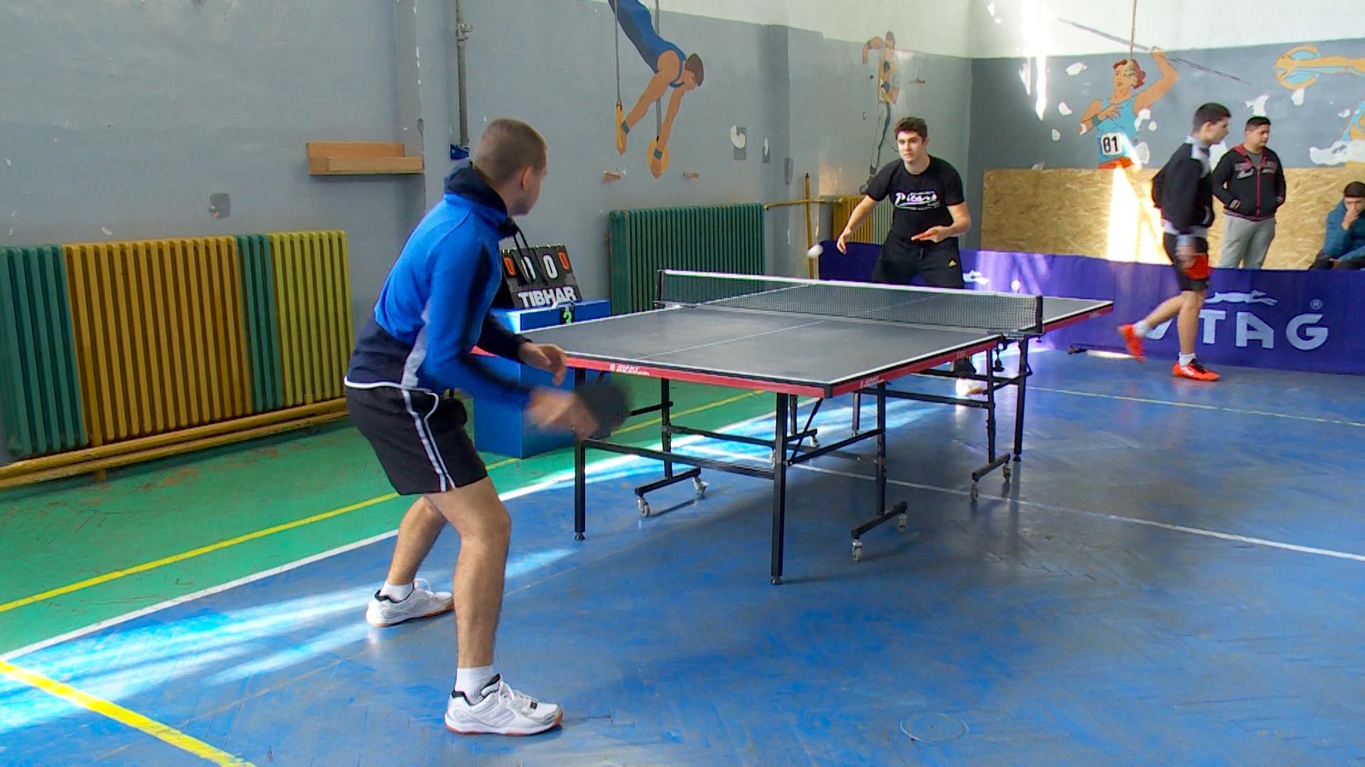 """Со спортски турнири во Куманово се одбележува """"11 Октомври"""" (фото)"""