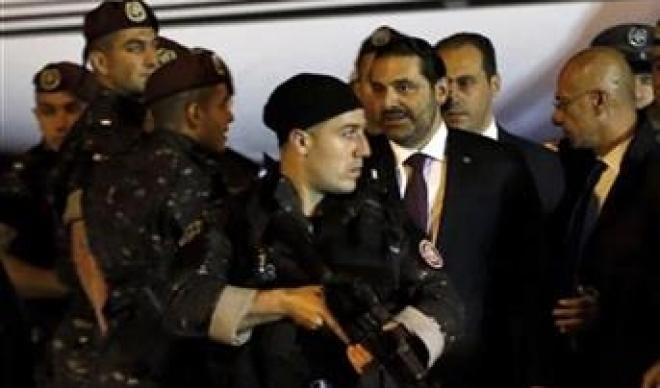 Премиерот на Либан и покрај заканите за атентат се врати во земјата (фото)