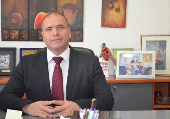 Честитка на градоначалникот Димитриевски по повод празникот Рамазан Бајрам