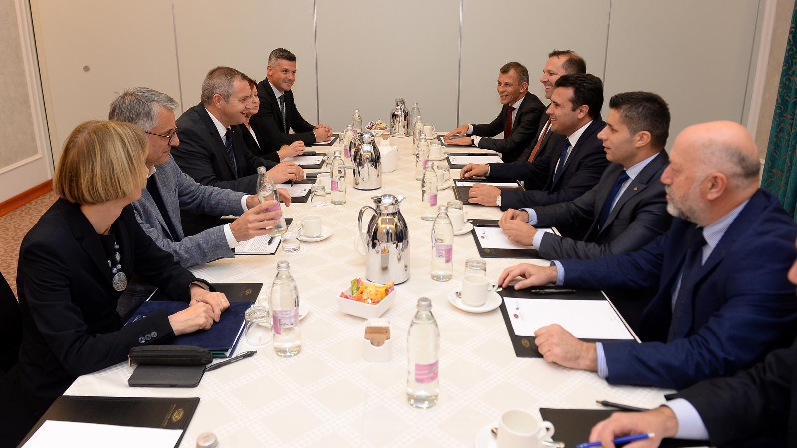 Заев се сретна со делегација на Социјалдемократите во Словенија