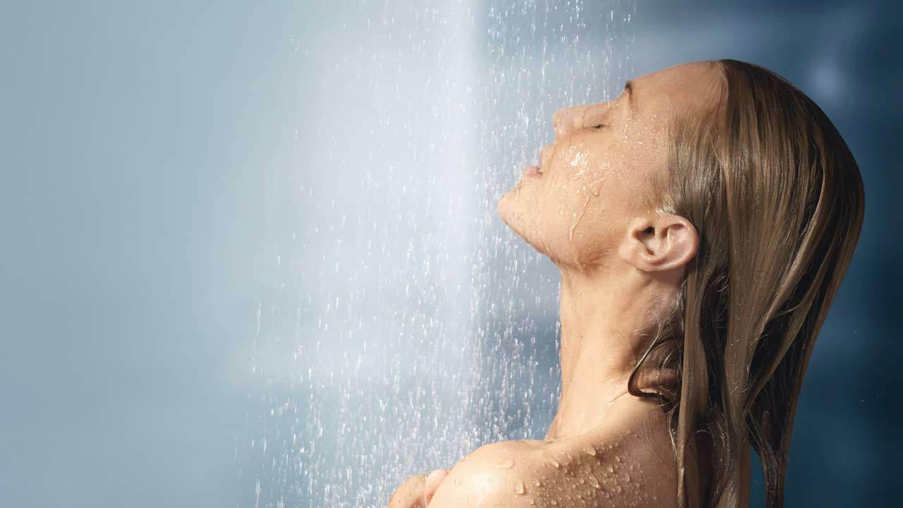 Еве што ќе се случи со вашето тело доколку не се туширате редовно