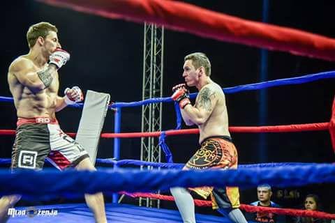 Со злато и сребро Давид и Марко се вратија од ММА турнирот во Врање (фото)