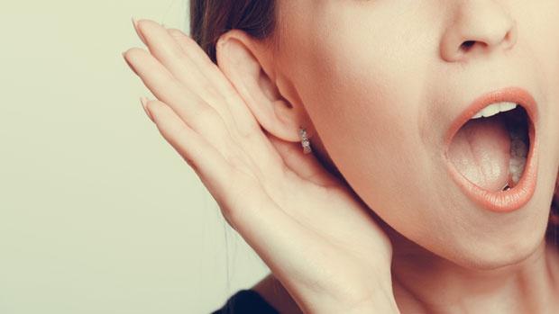 Подобро памтиме ако слушаме со десното уво