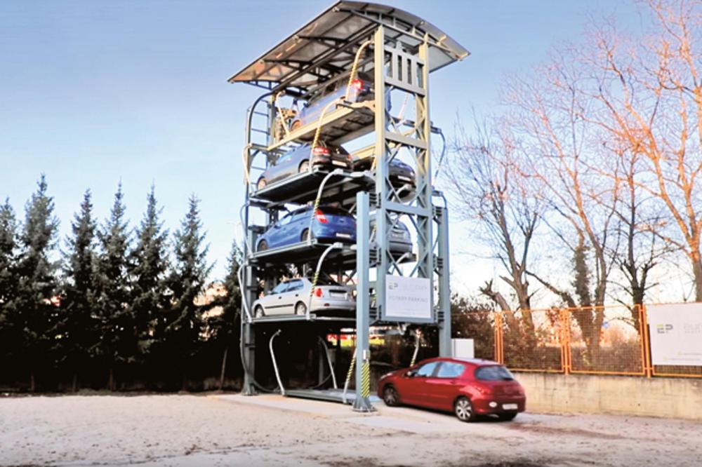 Иновација која штеди простор: Ротирачки паркинг пристигна на Балканот (фото)