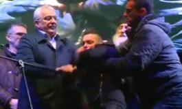 Лидерот на црногорската опозиција нападнат на пречекот на Православната Нова година (видео)