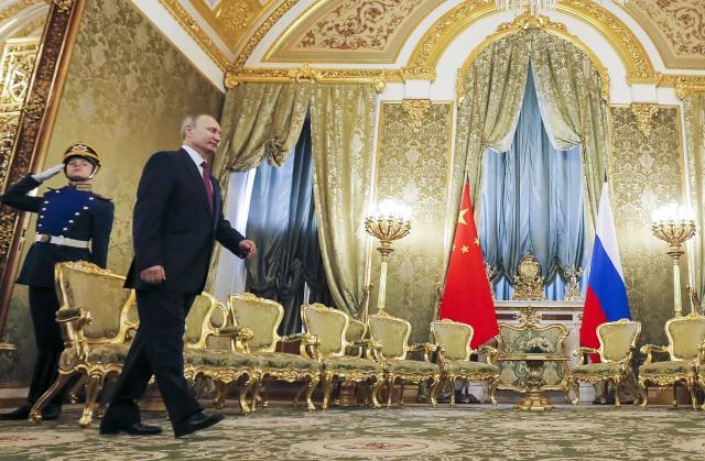 Путин: Русија и САД преговараат за нуклеарен споразум