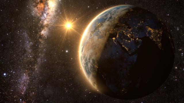 Месечината мириса на барут, а вселената?