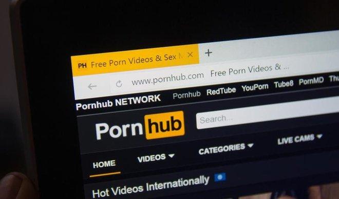 PornHub статистика: Што најмногу гледале Македонците во 2017 година?