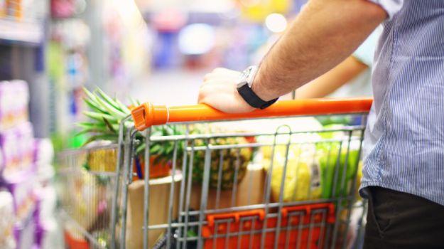 Како да пазарувате кога сте на диета?