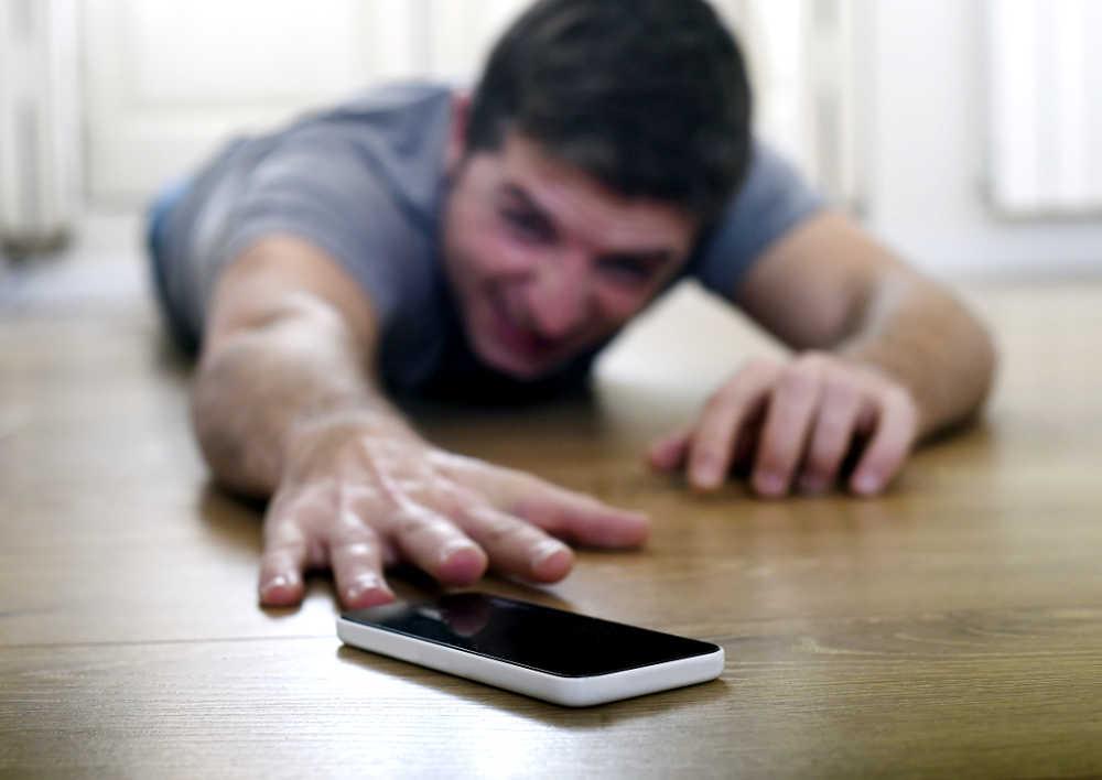 4 начини на кои смартфонот штети на здравјето