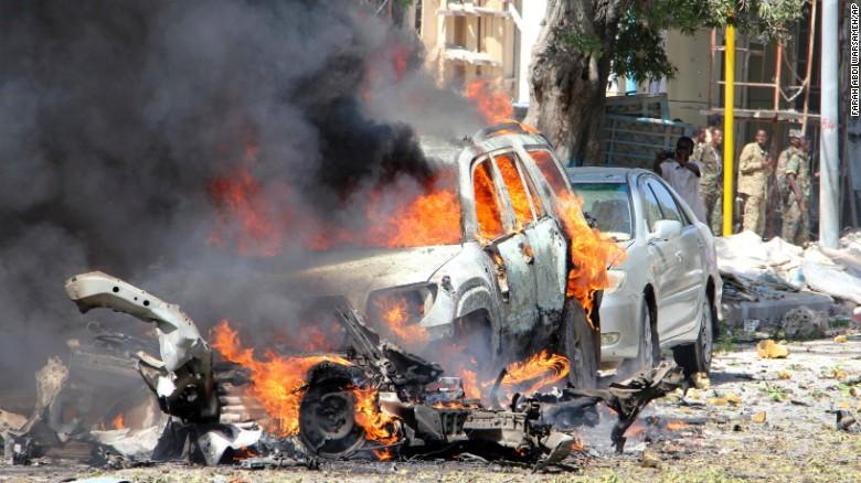Расте бројот на жртвите во нападите во Могадишу