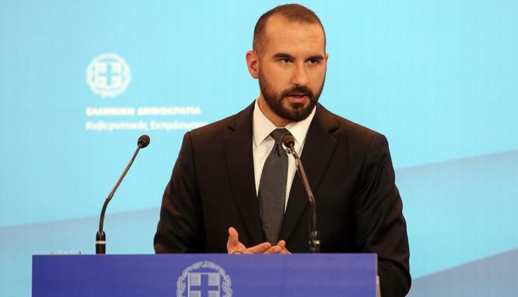 Ѕанакопулос: Не постојат притисоци врз Грција за прашањето за името