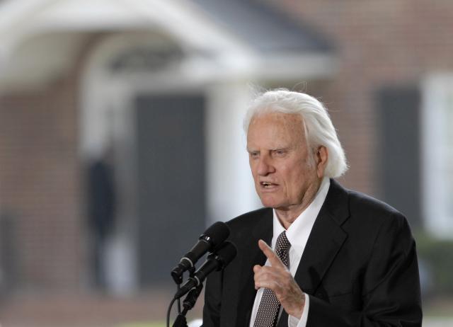 Почина проповедникот кој го промени религискиот живот на Американците