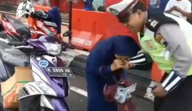 Полицаец и побарал документи, таа го гризнала (ВИДЕО)