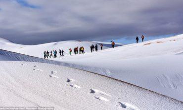 Повторно снег во Сахара (ВИДЕО)