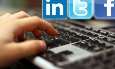 Како да дознаете кој ве следи на Facebook, Twitter, Instagram...?