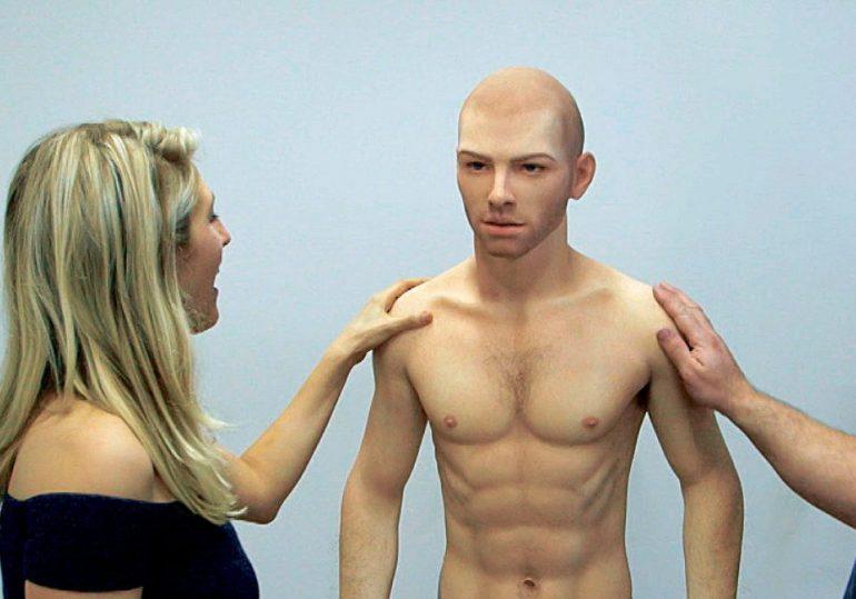 Направен секс робот за жени: Цената неверојатна!