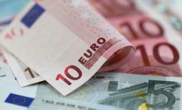 Се крева горната граница за подигање пари во Грција