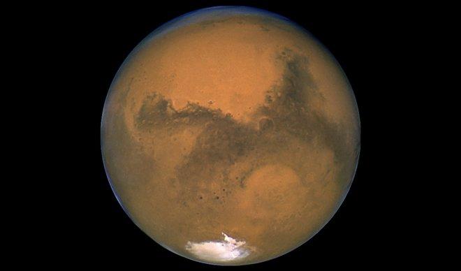 ИМА ЛИ ЖИВОТ НА МАРС? Европска вселенска сонда започнува потрага