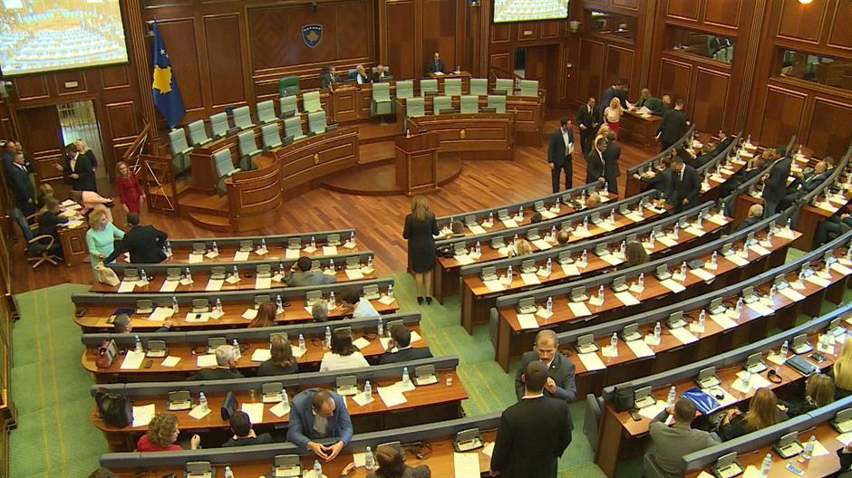 Владата на Косово ја повика опозицијата да биде дел од преговорите со Србија