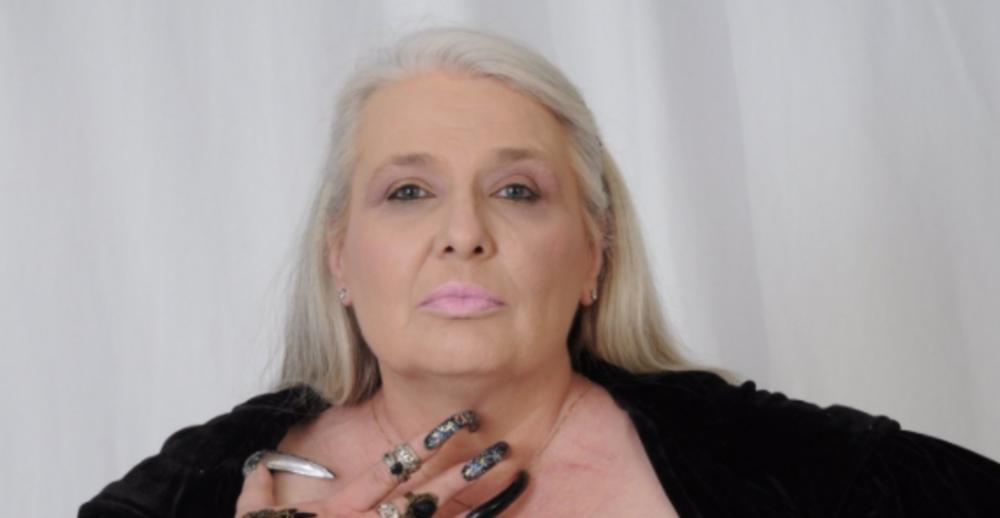 """Таа заработува на одвратен фетиш: И самата не можела да верува дека тоа ги """"пали"""" мажите (ФОТО)"""