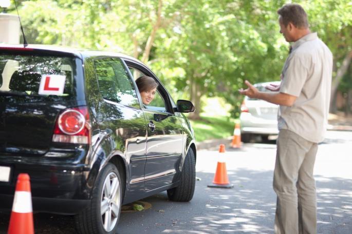 Чудни правила за полагање возачки испит ширум светот