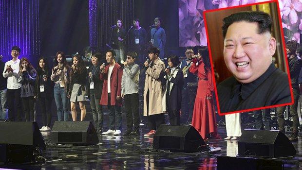 Ким Џонг Ун уживаше на концерт на јужнокорејска поп група (ФОТО)